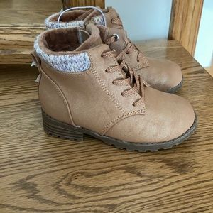 New Cat & Jack tan toddler ankle boots size 8